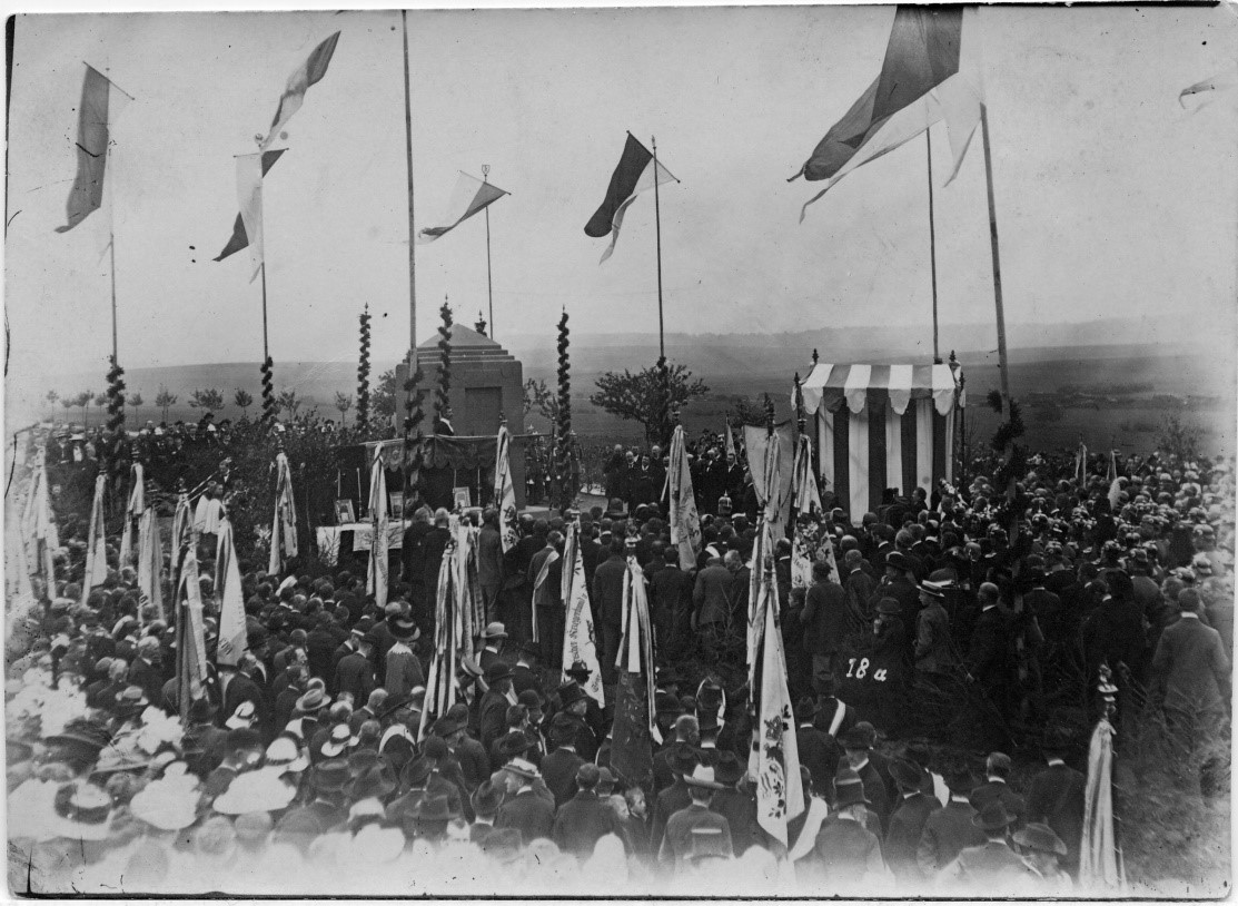 The unveiling of the Prince Ludwig monument in Helmstadt, 3 October ...